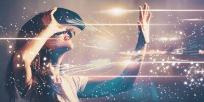 Display processor IP shrinks VR headsets