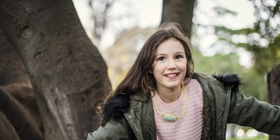 Air purifier 'necklace' protects children